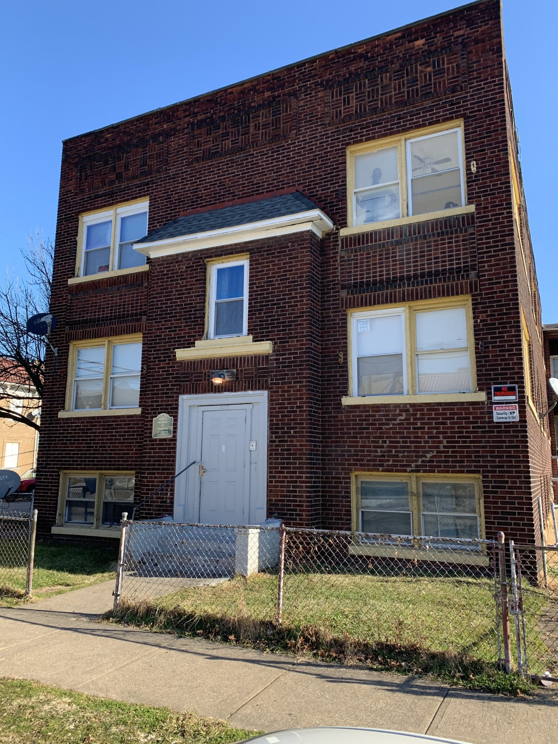 459 East 117th Street, OH 44108 – Unit1