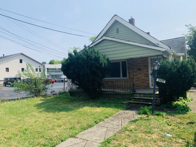 11410 Avon Ave, Cleveland, OH 44105