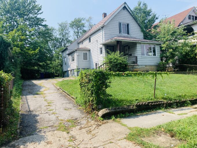 3408 E 140th St, Cleveland, OH 44120
